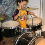 guitar-classes-AntonApostolov-alexander-druming